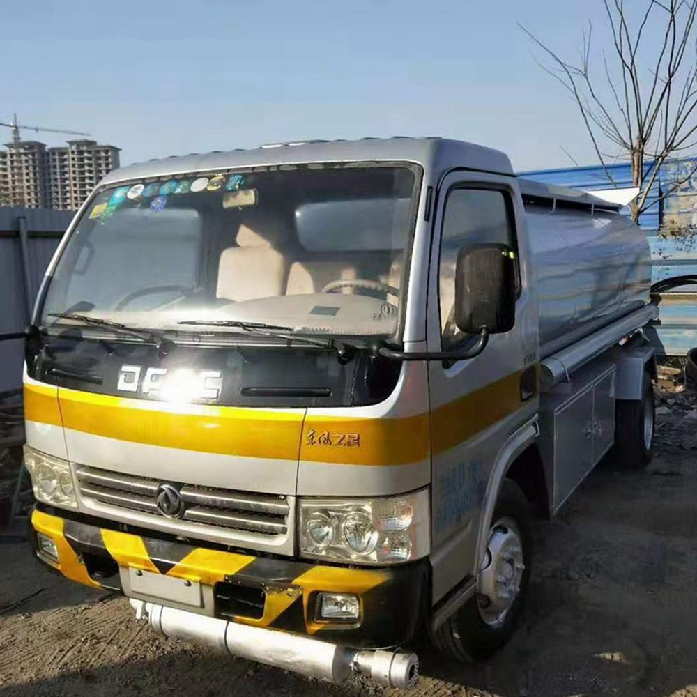 2014 Used Dongfeng Fuel Tank Truck 5T
