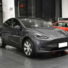 New  2021 Tesla Model Y  Electric sedan ,NEDC Range 594 km